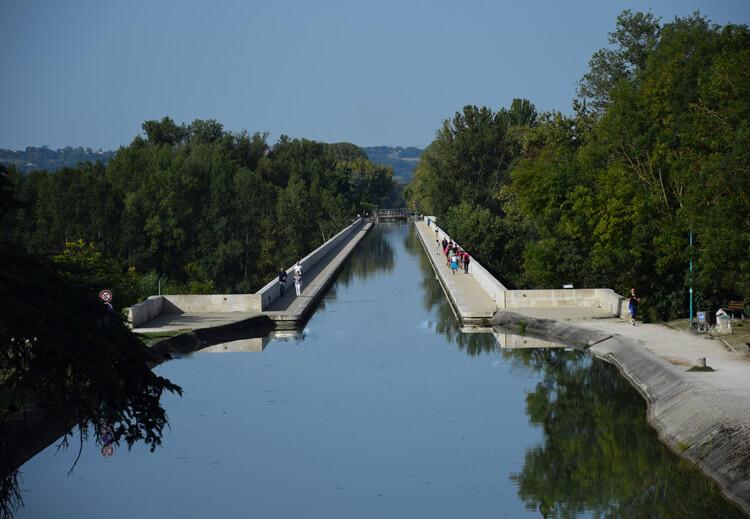 canal des deux mers à vélo