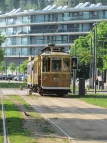 Porto - Au hasard des rues, tram