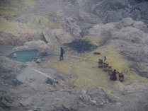 Volcan Ijen - Extraction de souffre