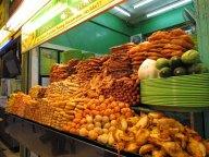 Ile Penang - Georgetown - Au hasard des rues - Etales de restaurant
