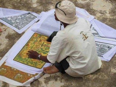 Bagan - Sur le chemin des temples, vendeur de peinture