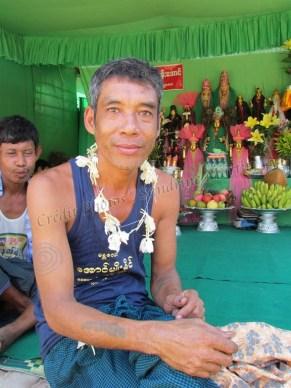 Environs de Mandalay - Amarapura - Festival 'Nat Pwe' (festival des esprits)