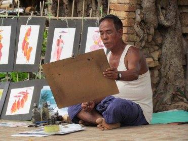 Environs de Mandalay - Inwa - Temple 'Yedanasini Paya', vendeur de peintures