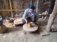 Lac Inle - Village 'Kyaut Daing', fabrication de poterie