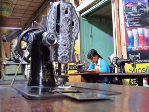 Pyin Oo Lwin - Marché, atelier couture