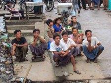 Voyage en bateau sur la Rivière Irrawaddy de Bhamo à Kata, village