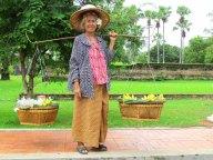 Sukhotai - Parc historique, vendeuse de fruits