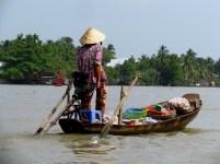 Can Tho - Sur la rivière 'Hau' - Marché flottant 'Cai Rang', retour à la maison avec ses achats