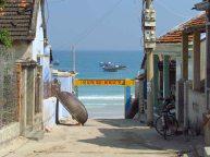 Doc Let Beach - Village