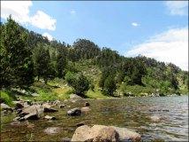 Pyrénées-Orientales - Les environs des Angles - Balade, sentier 'Rocatells', lac de la Balmette