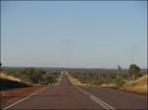 Sur la route entre Darwin et Alice Spring - Les longues routes d'Australie