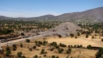Mexico - Téotihuacan, pyramide de la lune