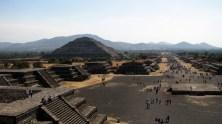 Mexico - Téotihuacan, pyramide du soleil