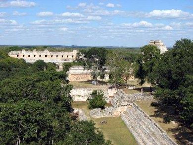 Yucatan - Uxmal - Pyramides