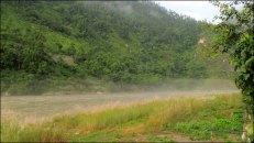 Rivière Trisuli au petit matin