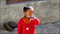 Himalaya - Vallée de Spiti - Kibber - Villageois, petit garçon
