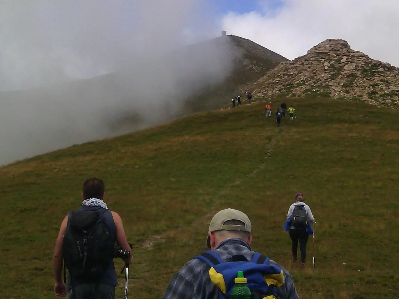 Планинари од Балканот се искачија на Титов Врв   Meta.mk