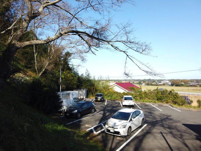 やすらぎの森 睦沢町キャンプ場の駐車場