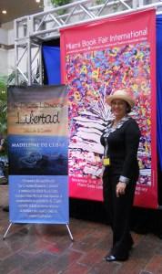 Madeleine de Cubas en la Feria del Libro de Miami, 2012