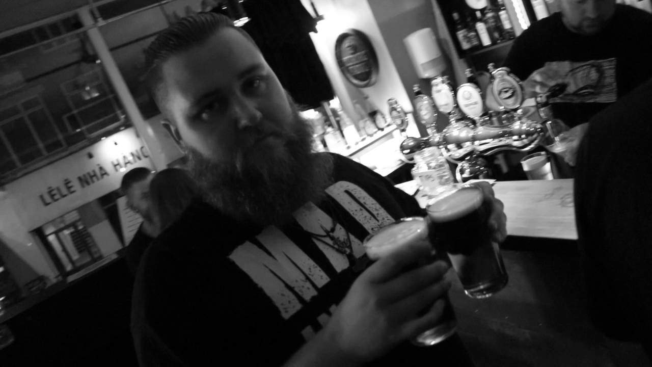 På besøg hos Zeppelin Bar og Café
