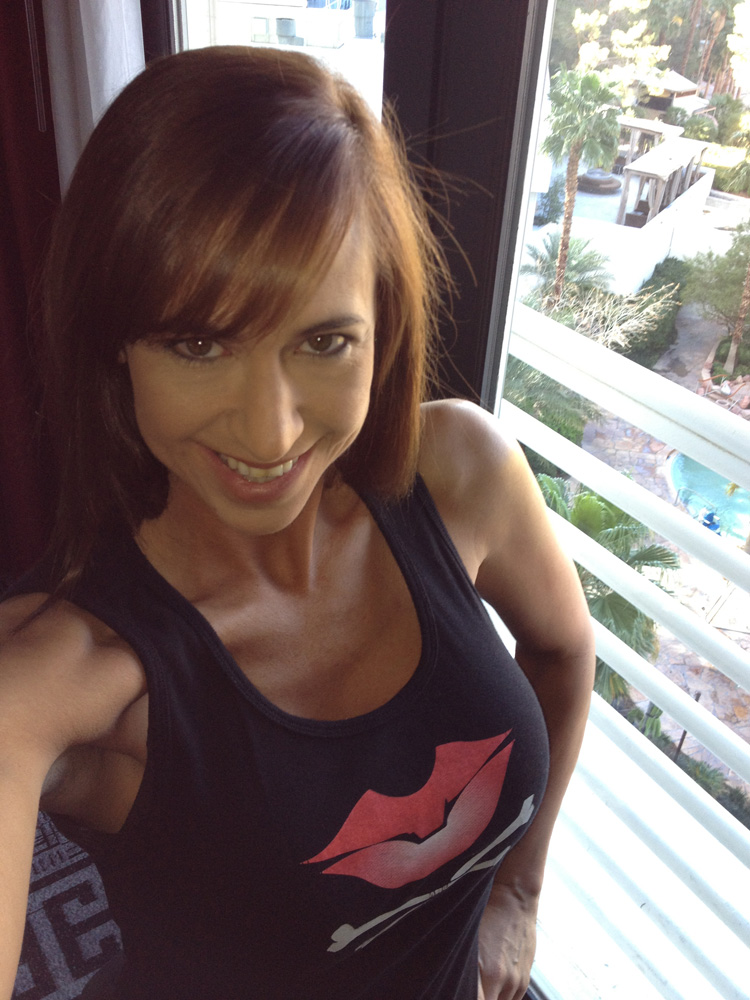 Nicole-Bouffard-Stryfe5