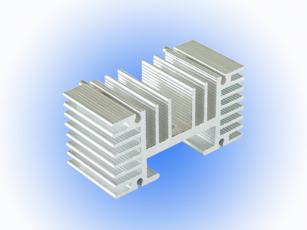 Aluminium Extruderede profiler 22