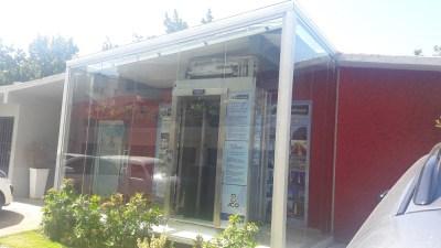 Muro de cortina en aluminio y vidrio
