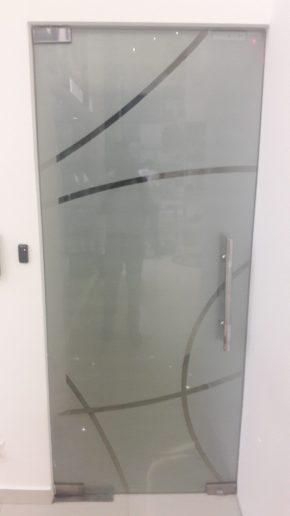 Puerta flotante pivotante en vidro templado