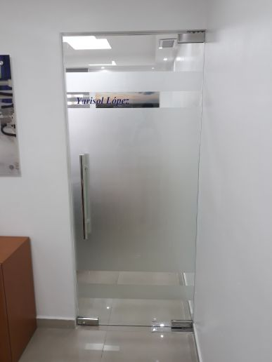 1. Puerta flotante pivotante (3)