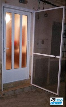 Mosquitera para puertas