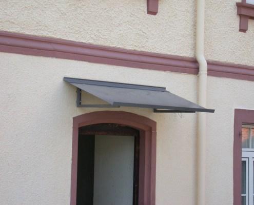 Metallbau Vordach