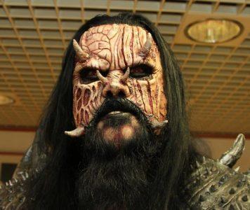 """Lordi: """"Suomessa hevi on ahdettu takaisin kellariin"""""""