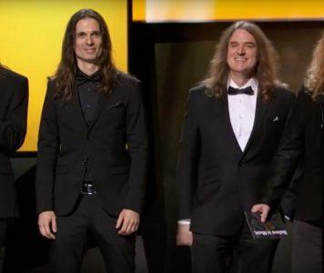 """Megadeth voittanut Grammy-palkinnon """"Dystopia""""-kappaleella"""