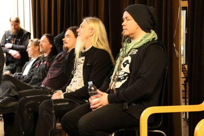 Nightwish takarivissä. Kuva: Reelika Järvekülg