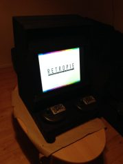 Arcade cabinet: in action