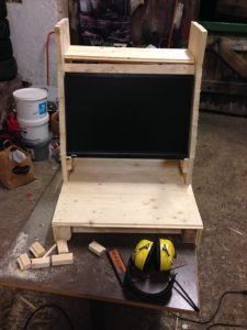 Arcade machine cabinet: putting the monitor in