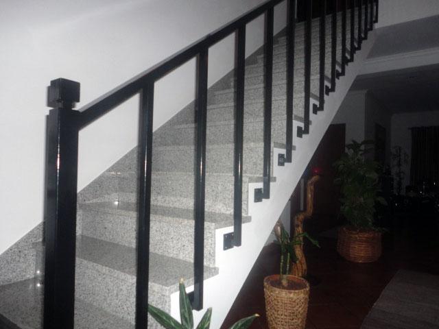 corrimão para escadas