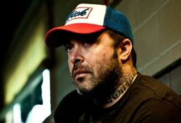 "Aaron Lewis - STAIND Frontman Fires Back At LIMP BIZKIT's Wes Borland: ""F**k That Motherf**ker!"""