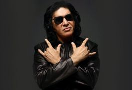 Gene Simmons Kiss - Ex-KISS Guitarist Says GENE SIMMONS Spent Thousands Of Dollars To Destroy Him