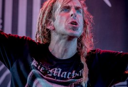 LOG 9 - LAMB OF GOD's Randy Blythe Organizes Kazoo Counter-Party Against Westboro Baptist Church