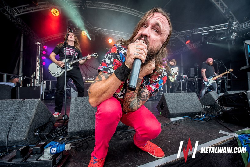 Massive Wagons 10 - FESTIVAL REVIEW: STONEDEAF FESTIVAL 2018 Live at Newark Showground, UK