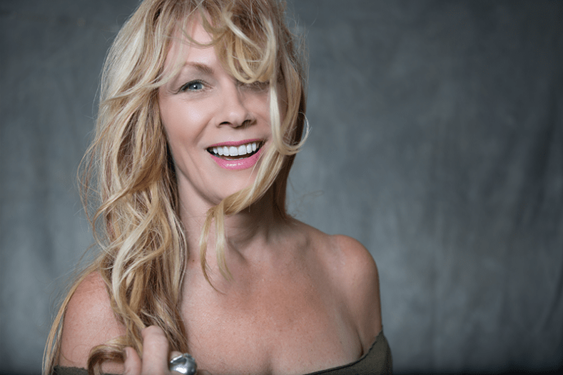 "nancy heart - Nancy Wilson: ""It's Looking Really Good For A HEART Reunion Tour"""