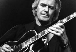 John McLaughlin - John McLaughlin Reveals He Gave Lessons to Both Jimmy Page & John Paul Jones Before They Formed LED ZEPPELIN