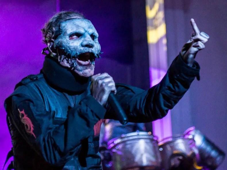 "Corey Taylor - Frontman Corey Taylor on Accusations By Ex-Member Chris Fehn: ""SLIPKNOT Fans Believe It"""