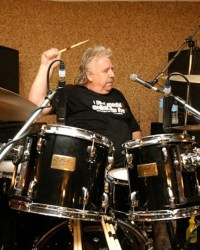 Lee Kerslake - Ex-Ozzy Drummer Lee Kerslake Went Bankrupt After Losing Litigation To Sharon & Ozzy Osbourne