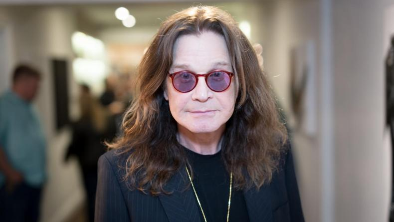 Ozzy Osbourne - OZZY OSBOURNE Is 'Recovering & Doing Really Well'