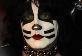 ericsinger kiss - KISS Drummer Eric Singer Reveals His Biggest Weakness as a Musician
