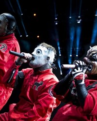 Corey Fehn Clown - UPDATE: Chris Fehn Claims SLIPKNOT Setup 6 Different Companies Without His Knowledge