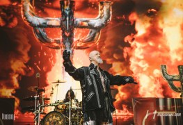 Judas priest 6 - JUDAS PRIEST's Rob Halford Releases A Statement After Kicking The Phone Out Of Fan's Hand