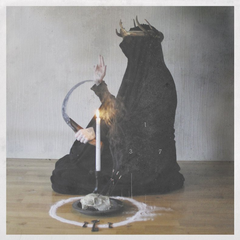 """Curse - REVIEW: THIS GIFT IS A CURSE - """"A Throne Of Ash"""""""